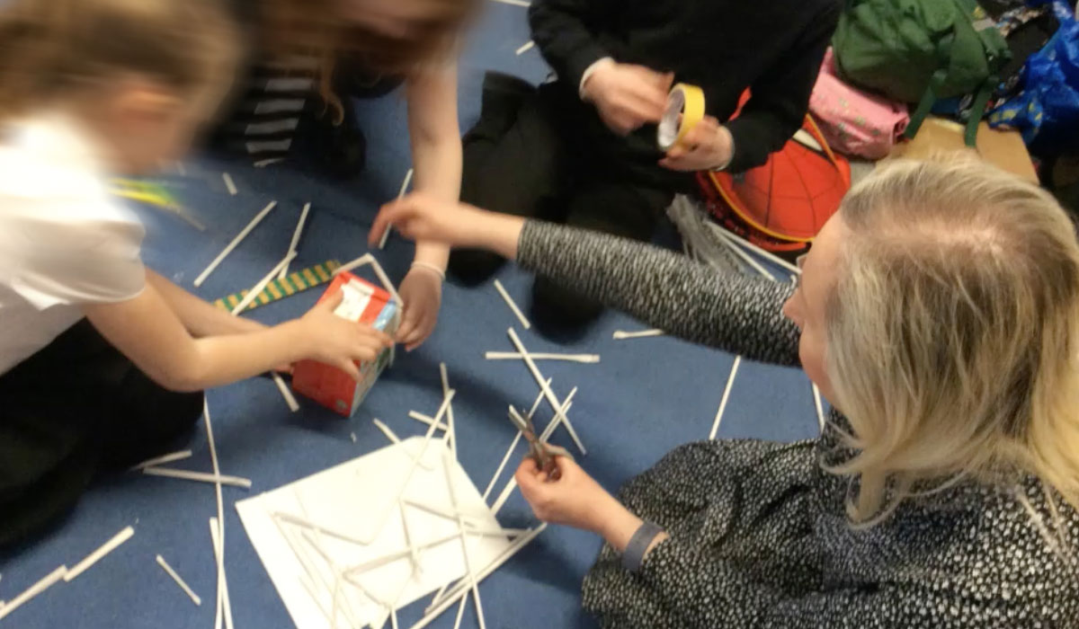 STEAM architectural workshop with 25 children - Social Responsibility